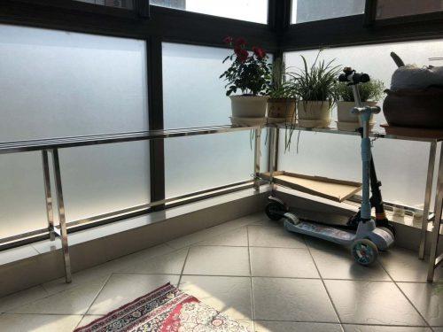 苏州风水大师龙德用磨砂玻璃为客户化解诸多风水问题